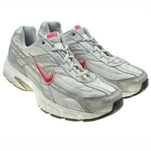 Nike Initiator Chunky Retro Style Running Shoes